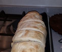 Filoncino di pane con pasta madre