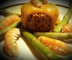 Riso rosso con purea di peperoni alla curcuma, scampi e sandwich di frittatine ai mirtilli – Contest multilivello