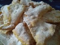 Manzole Valtellinesi Marisa ( Chiacchere di carnevale)